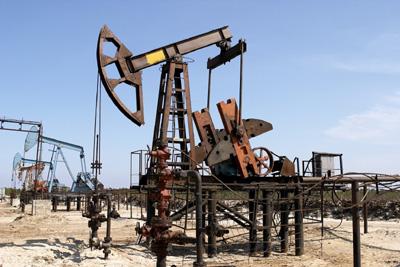 Санкции окунут в нефть